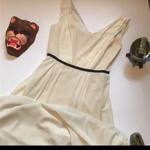 NWT Minuet Formal Gown in Cream